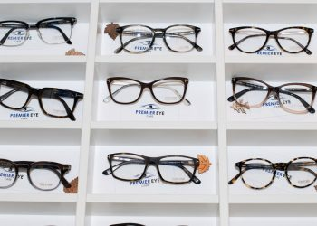 tom ford eye frames