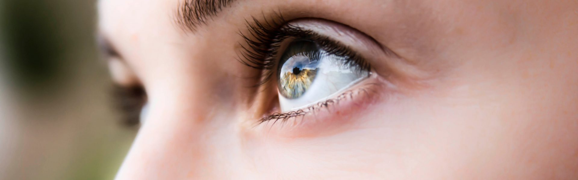 5 Eye Symptoms That Can Signal A Health Problem